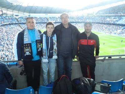 Grupul de suporteri MCFC din Targu-Mures la meciul MCFC-Everton oct. 2013  Foto: arhiva personala a domnului Sîrbulescu