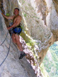 Dan Vasilescu în traseul Grota lui Hili din Cheile Turzii