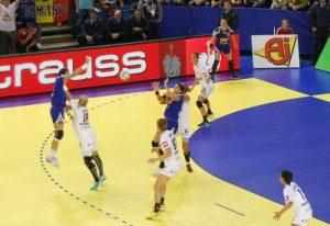 Neagu pasînd pentru Chintoan, o fază care ne-a plăcut. Foto, prin amabilitatea www.stiridesport.ro