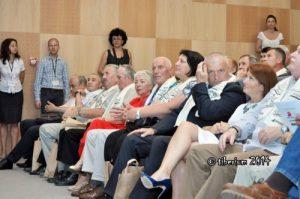 Mihai Adam, in centrul imaginii, între soția sa și Simona Richter. Foto: prin amabilitatea lui Tiberiu Matei (iunie 2014)
