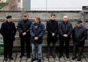 Printre cei care l-au însoțit, de la stînga la dreapta: Dobrău, Albu, Ciucur, Onicaș jr, Onicaș sr. și nea Titi Foto: prin amabilitatea lui Dan Bodea