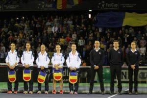 Pascal Maria, alături de Andreas Egli și Marijana Veljovic, la ceremonia de deschidere a meciului România-Cehia, la Cluj