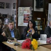 Irina Petraș, Adrian Popescu, Emilia Poenaru Moldovan și Ion Mureșan, la lansarea volumului, în 2016