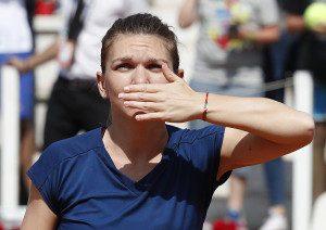 Dubai: Naomi Osaka a pierdut, Simona Halep a cîștigat