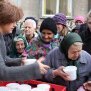 Raimonda Boian, unul dintre membrii fondatori ai Asociației O Masă Caldă. Sursa Foto: Transilvania reporter