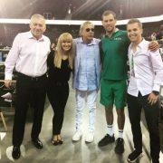 Patrick Ciorcilă (primul din dreapta), alături de părinți, de Ilie Năstase și de Mike Bryan, la Sports Festival