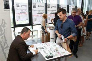Alex Rohoznianu, în postura de ... pacient de-al meu la lansarea cărții Supercampionii Clujului.