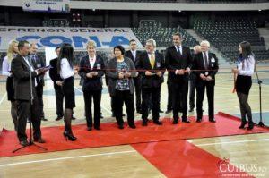 Eva Zorgo Raduly, Simona Richter, Mircea Barna, Ciprian Porumb și Remus Cîmpeanu, la inaugurarea Sălii Polivalente. Foto: Cuibus.ro