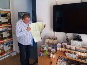 Hărți. Hărți peste tot.